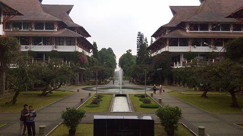 foto-gedung-kampus-itb-fb-eni